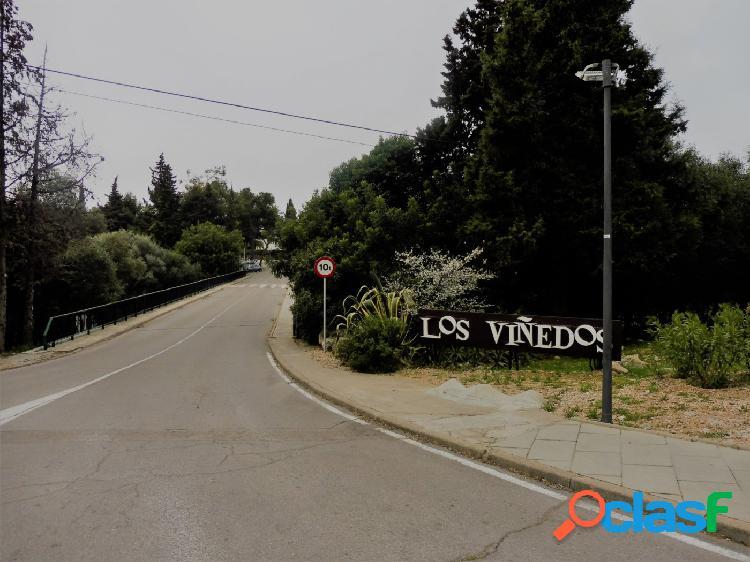 """Magnifica parcela en venta en la zona de """"Los Viñedos"""""""