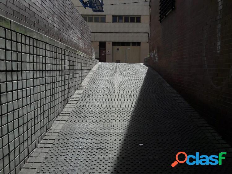 PLAZA DE PARKING EN EL CENTRO DE SABADELL