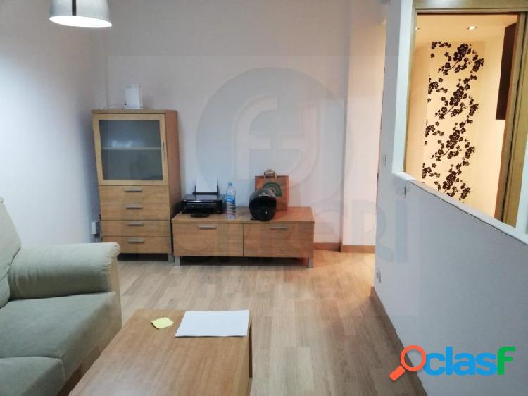 Piso de 58 m2 junto al Parc de Les Planes en l'Hospitalet de