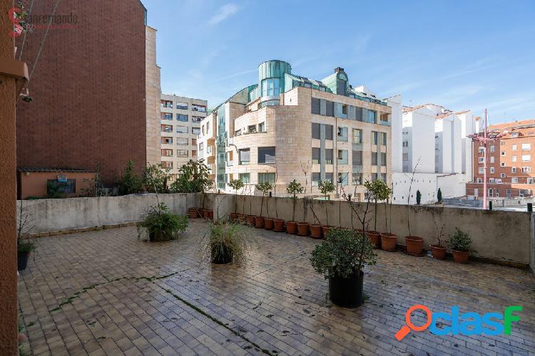 Venta de piso en Torrelavega de 3 habitaciones.