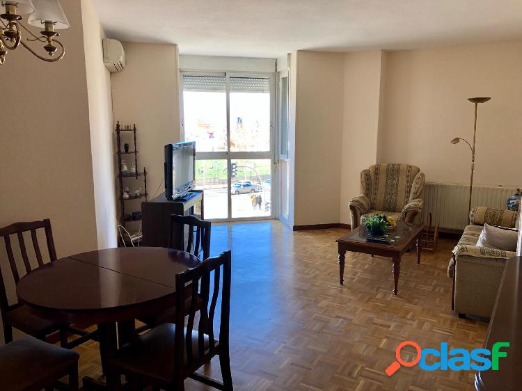 Alquiler piso en calle de marsella en Madrid Rosas