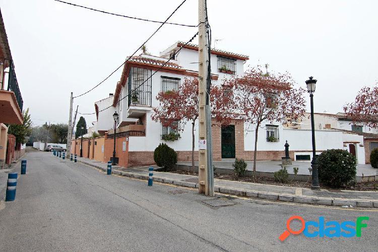 Acogedora casa adosada en Ogíjares, con magníficas vistas