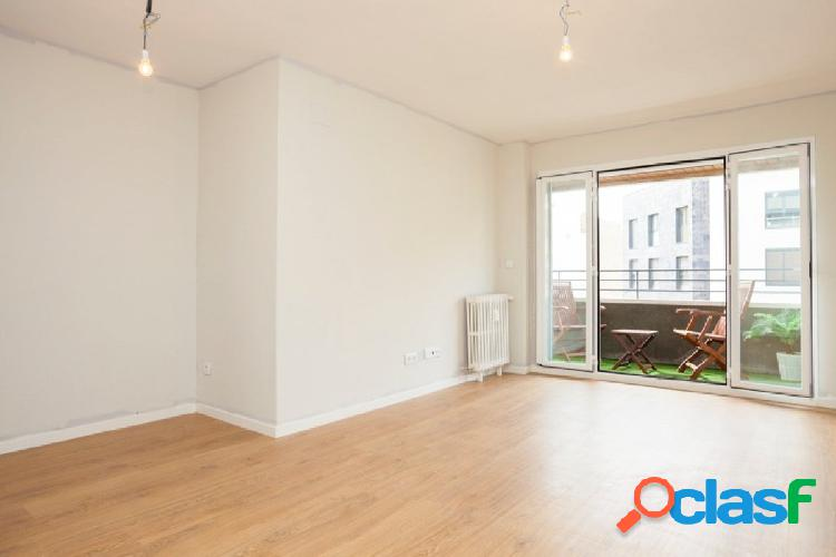 Estrena piso en el centro, luminoso y en buen edificio