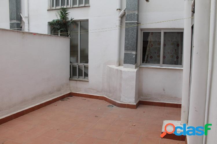 Estupendo piso a la venta en Ontinyent. Zona Almaig