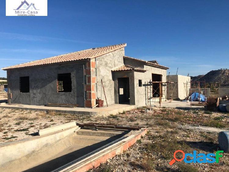 FANTÁSTICO CHALET EN CONSTRUCCIÓN EN PEÑA LAS ÁGUILAS