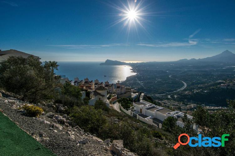 Fantástica parcela en Altea Hills con vistas al mar