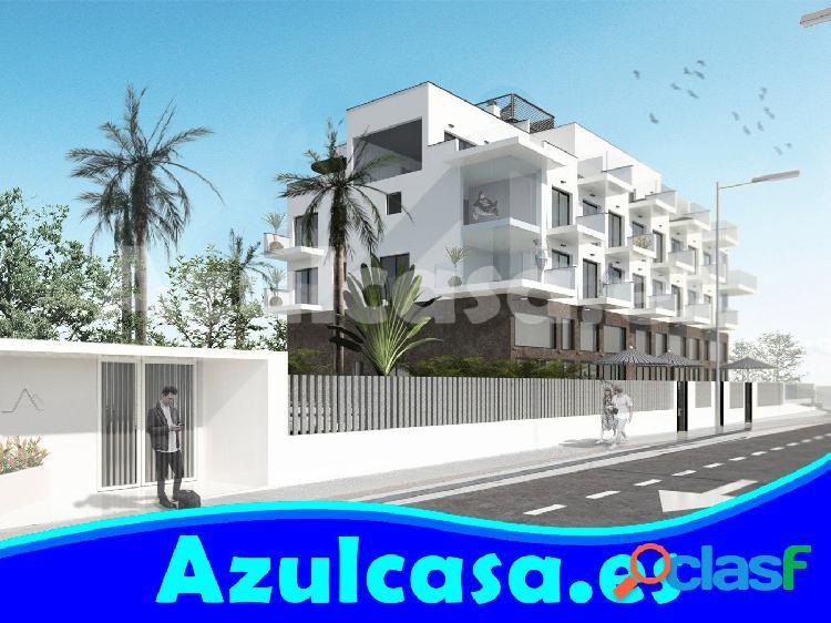 Fantástico ático de obra nueva frente Playa Muchavista