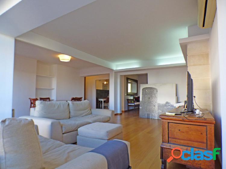 Gran piso amueblado de 170 m2 en calle Aragón