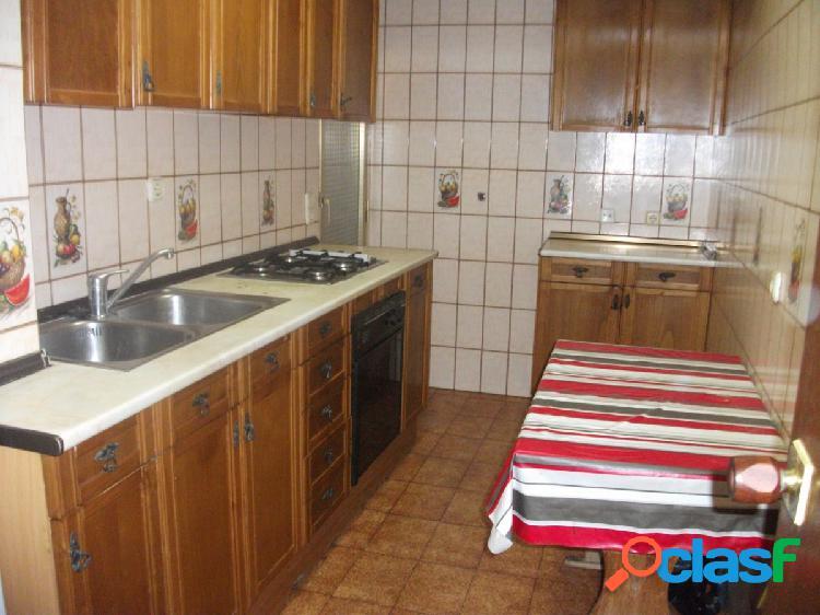 Piso de cuatro dormitorios en pleno centro de Benidorm