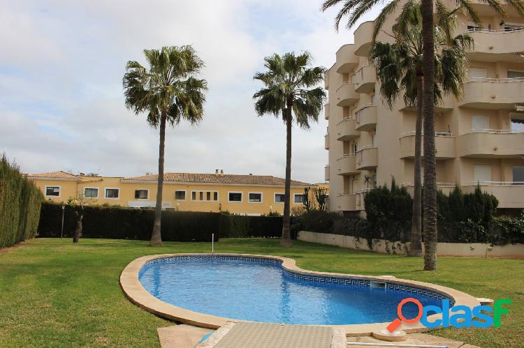 Piso en planta baja con piscina comunitaria en Maioris