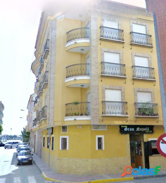 Piso + garaje+ trastero en Beniel centro. Precioso piso en