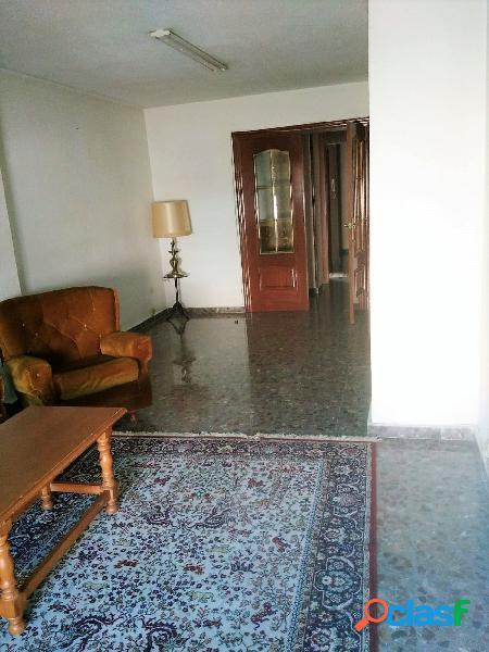 Se vende piso en zona Juzgados de Benalua, 108 m2 con