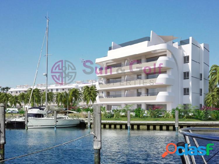 Apartamentos de 2 y 3 habitaciones frente al mar desde