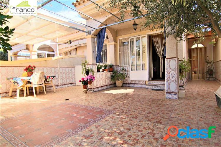 En Los Alcazares precioso duplex en venta