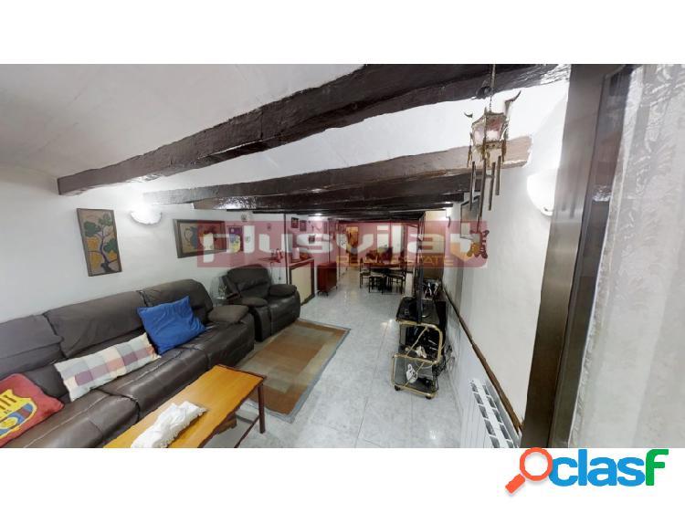 Gran oportunidad de compra, casa en venta en Centre Vila,