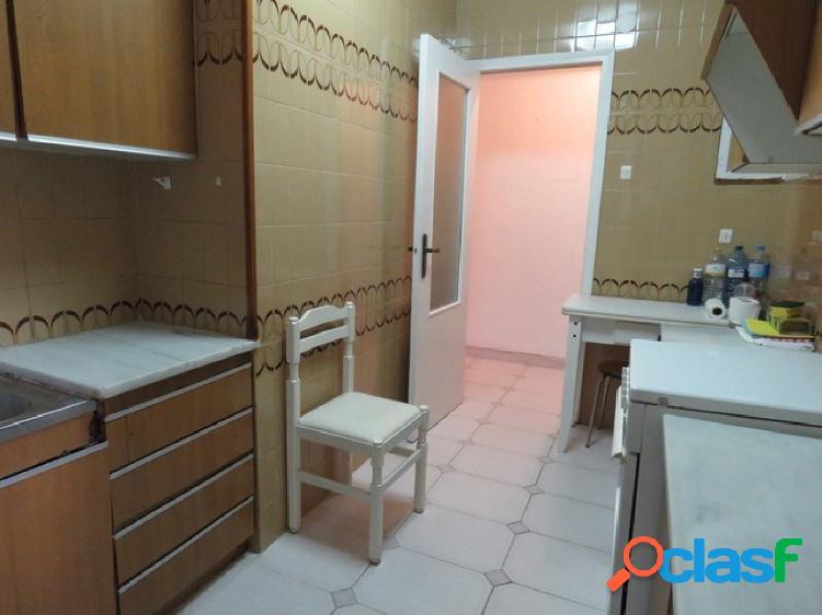 Piso en Castellon SAN ROQUE, 85 m. 3 habitaciones y un baño
