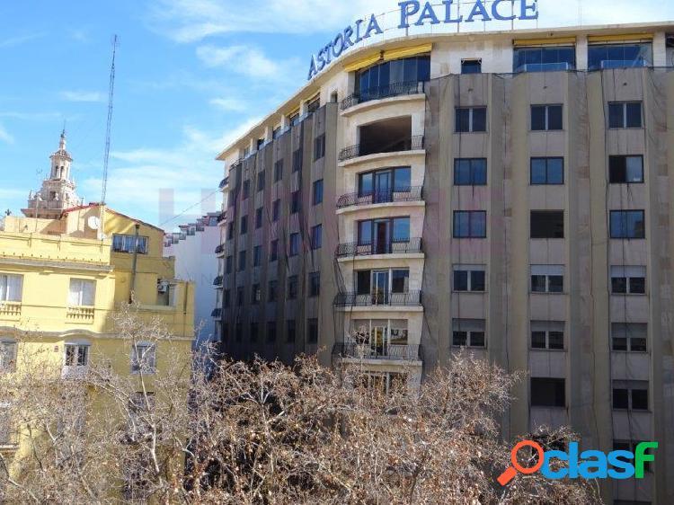 Quieres vivir al lado de la Plaza del Ayuntamiento en un