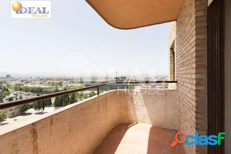 Ref: A4086V5. Gran piso en planta alta con vistas totalmente