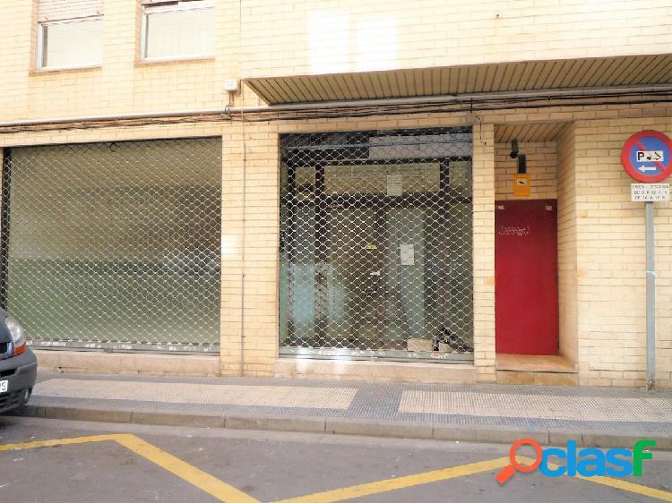 Se Vende amplio Local Comercial en Las Fuentes, junto a
