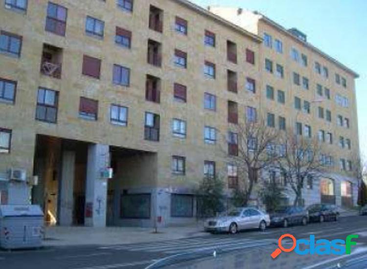 Urbis te ofrece un estupendo apartamento con plaza de garaje