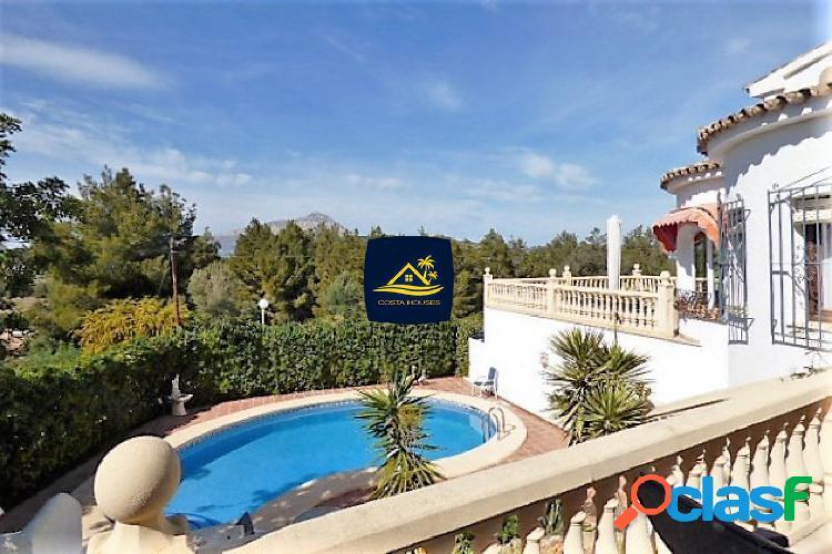 Villa Mediterránea en JAVEA con vistas al Valle en