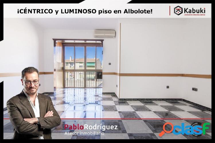 Amplio y luminoso piso de 3 dormitorios en Albolote