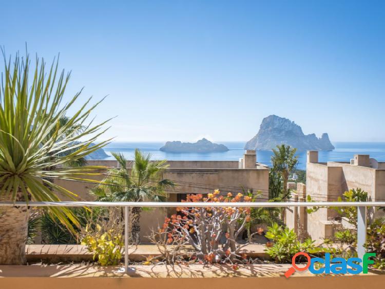 Espectacular apartamento con vistas a Es Vedra