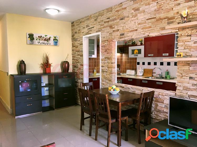 1 dormitorio, terraza, plaza de garage y piscina