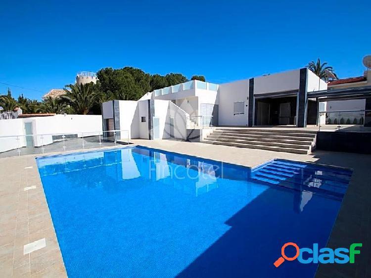 Casa / Chalet en venta en Rojales de 200 m2
