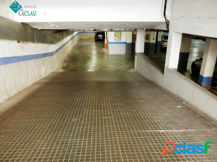 PLAZA DE PARKING EN EL CENTRO MUY BIEN SITUADO