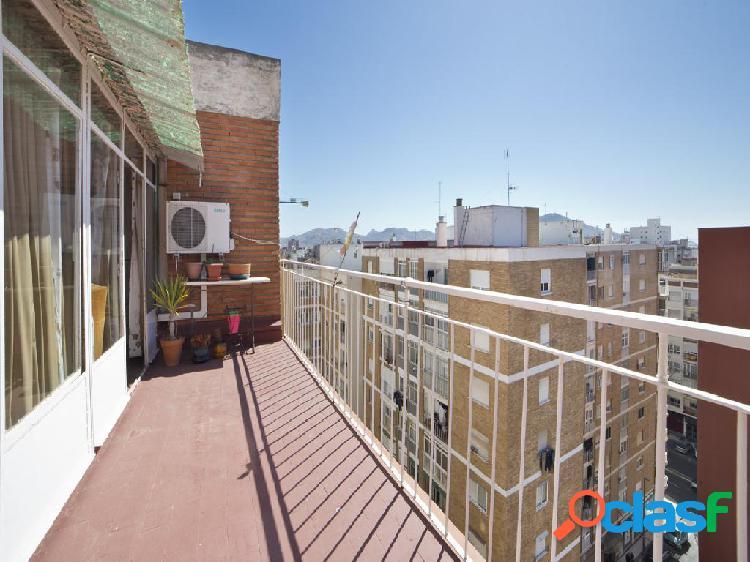 Piso en venta de 115 m² en Calle La Paz, 30204 Cartagena