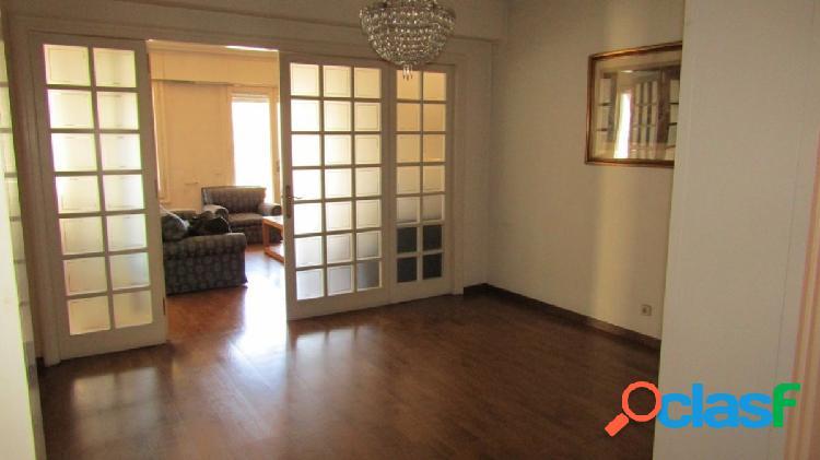 Señorial piso en el barrio de la Dreta del Eixample.