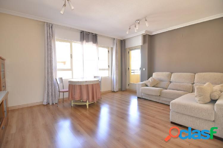 Urbis te ofrece un bonito piso en Tejares, Salamanca