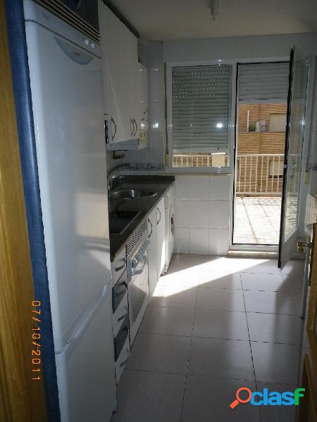 Urbis te ofrece un precioso apartamento en alquiler Huerta