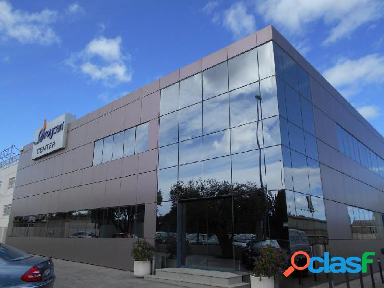 CENTRO DE NEGOCIOS INDUSTRIAL DE 2964 M2 EN VENTA EN PATERNA