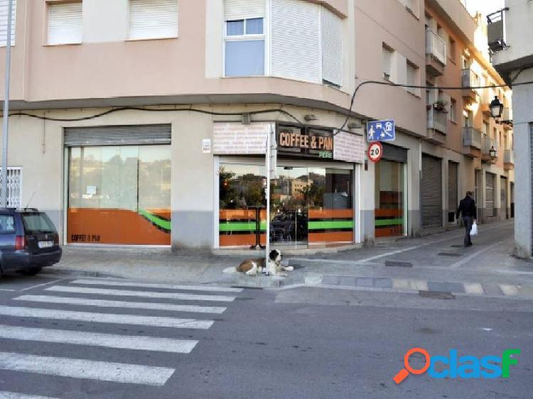 GRANJA-CAFETERIA EN PLENO FUNCIONAMIENTO EN EL CENTRO DE