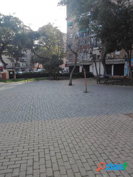 Local comercial en alquiler en zona comercial Ctra. Cadiz