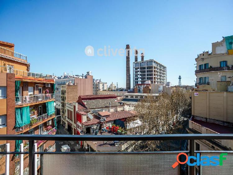 Piso en venta en Carrer de Vila i Vilà, Barcelona.