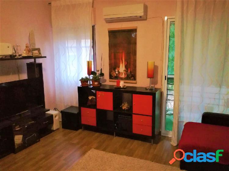 Un piso en buen estado por la zona de San Fennando -