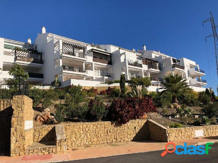 Amplio y luminoso apartamento de dos dormitorios en Riviera