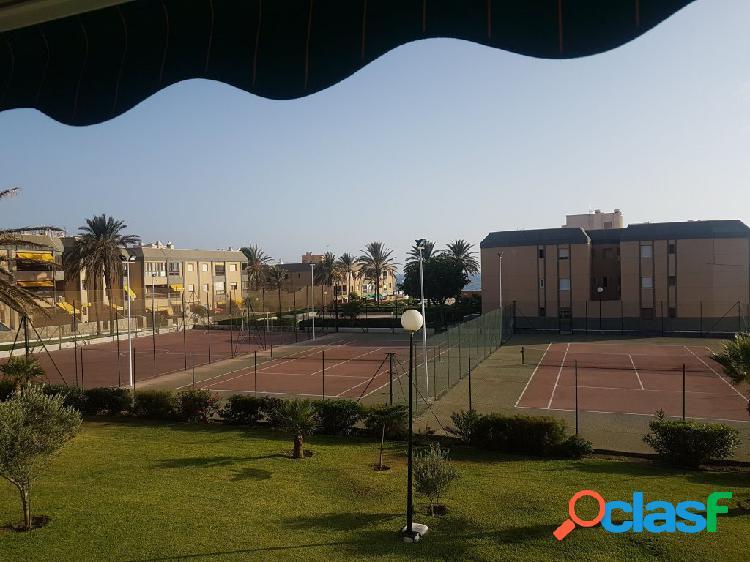 Apartamento en Venta en Retamar Almería