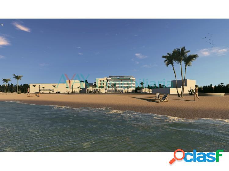 Apartamentos en primera línea de playa en Lo Pagan.