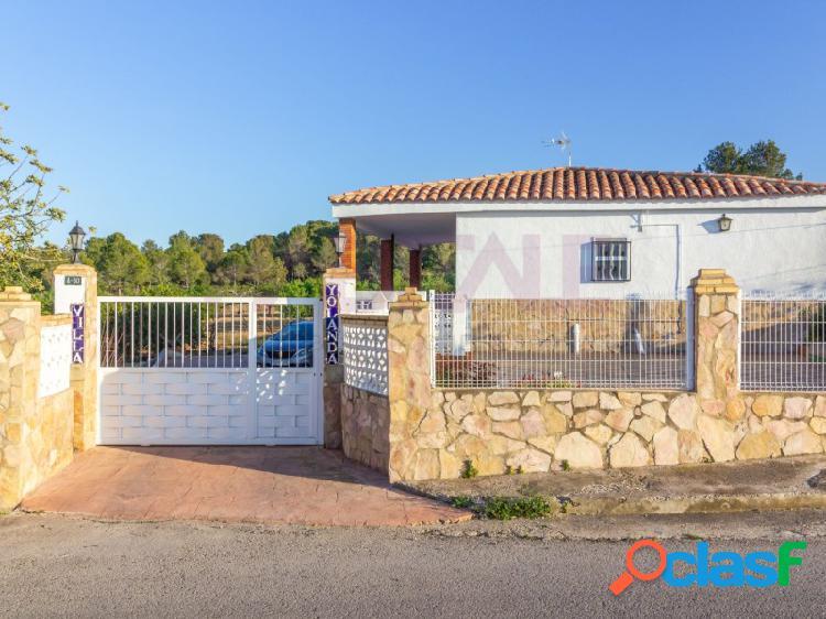 Chalet en venta en la zona de Montserrat - Urbanización