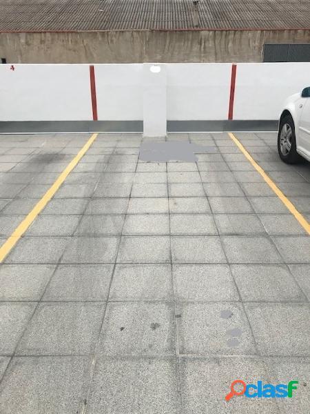 Plaza de parking en el centro de Gandia