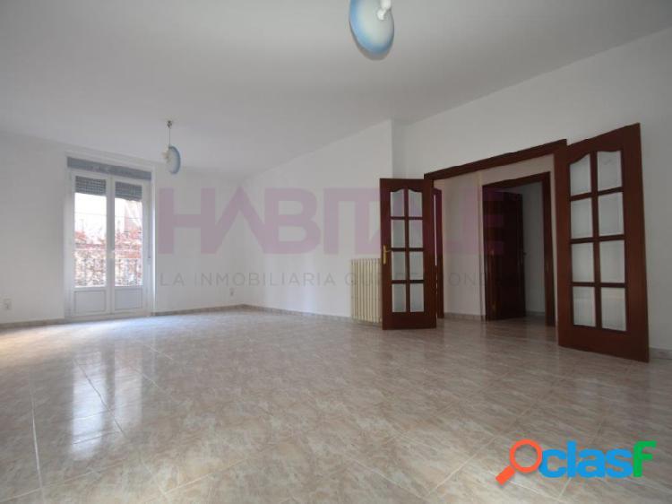 calle Canfranc. piso de 142 m2 útiles a estrenar de 3