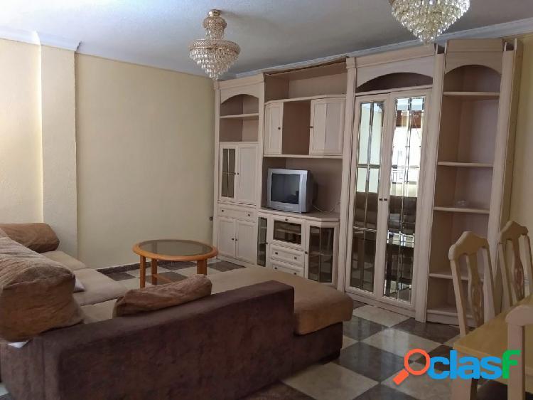 Alquiler de piso en Granada (Zona Alhamar)