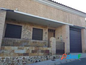 Chalet adosado a la venta en Bigastro (Alicante)