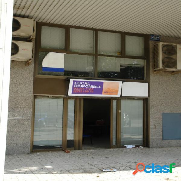 Local comercial en Venta en Cornella De Llobregat Barcelona