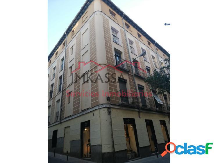 Apartamento reformado en pleno corazón de Malasaña.