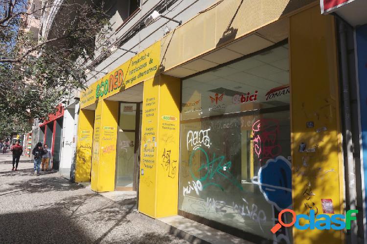 Local comercial CENTRICO, de 236 m2 útiles